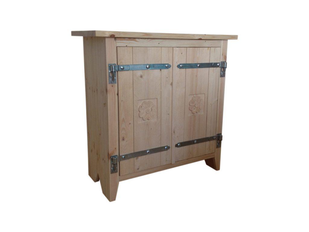kaappi-puinen-koristeveistos-rustiikkinen
