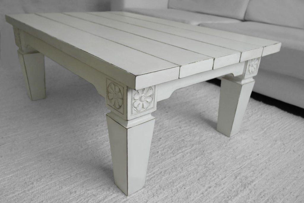 sohvapöytä-rustiikkinen puinen